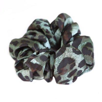 Scrunchie satin Leopard green