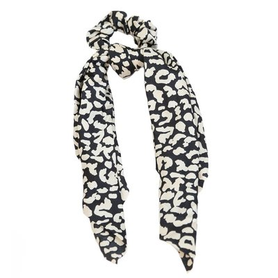 Scrunchie scarf silk black/creme