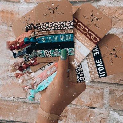 Kombinieren Sie Ihre eigenen Ibiza bracelet Haargummis