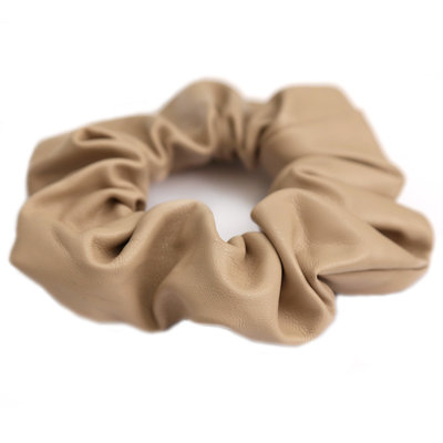 Scrunchie faux leather beige