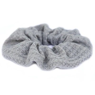 Scrunchie soft grey