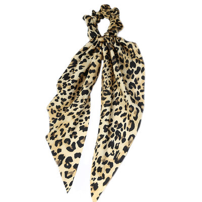 Scrunchie scarf light leopard